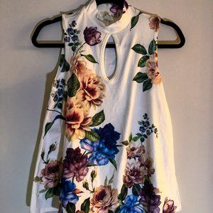 "Tops - Floral White ""High Neck"" Top - Medium"